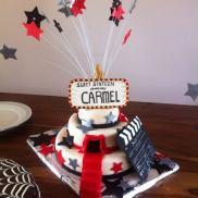 Sweet sixteen taart voor een meisje met passie voor acteren