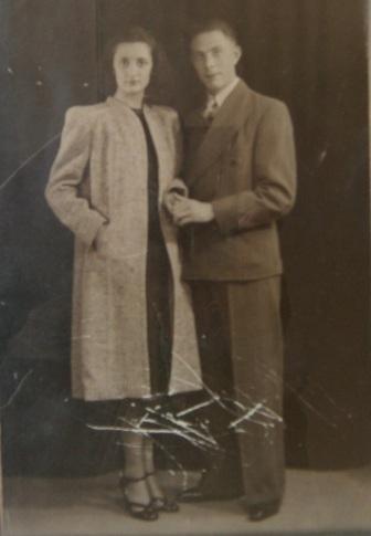 Mijn lieve schoonouders, pas getrouwd.